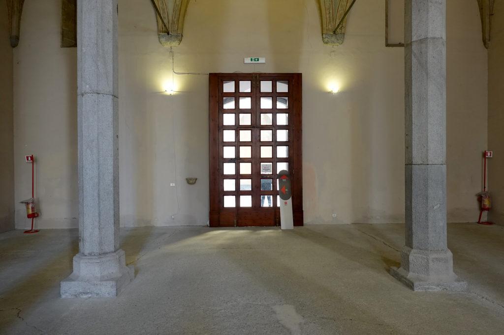 ドンナレジーナ・ヴェッキア教会、2階への道